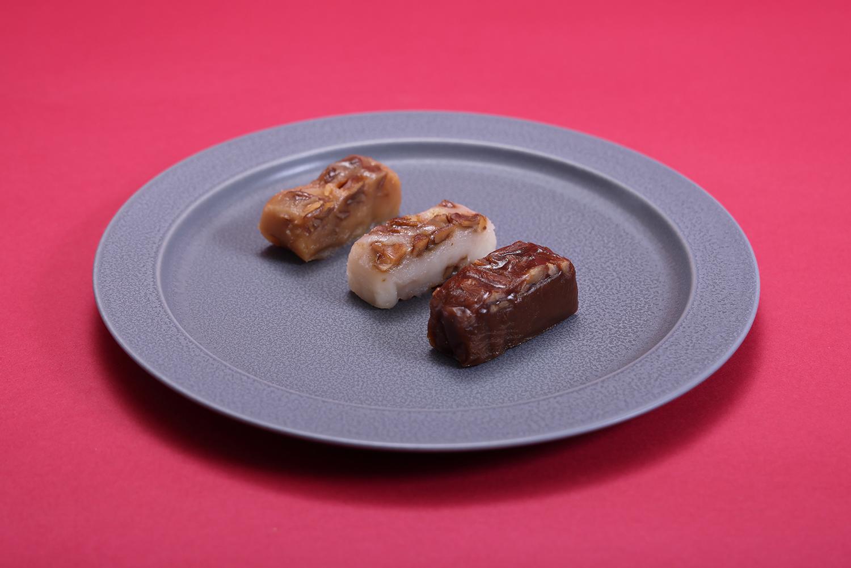 くぢら餅 みそ / 白砂糖 / 黒糖